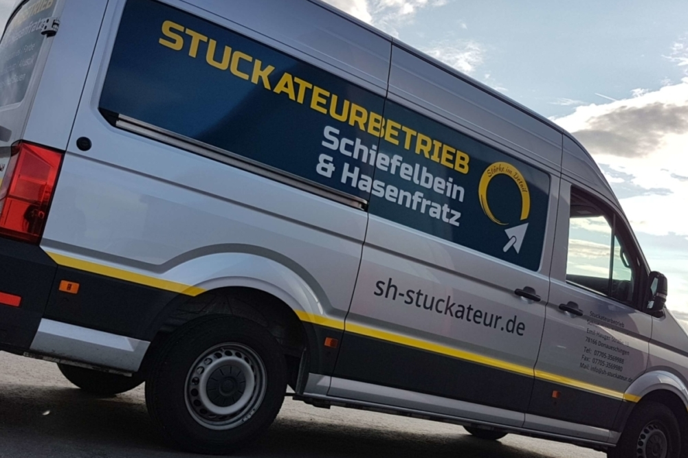 "Stuckateurbetrieb ""Schiefelbein & Hasenfratz"" Transporter Beschriftung"